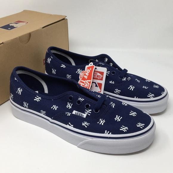 9e7a13fa9a38e0 VANS NY Yankees shoes Size 4.5 6.0